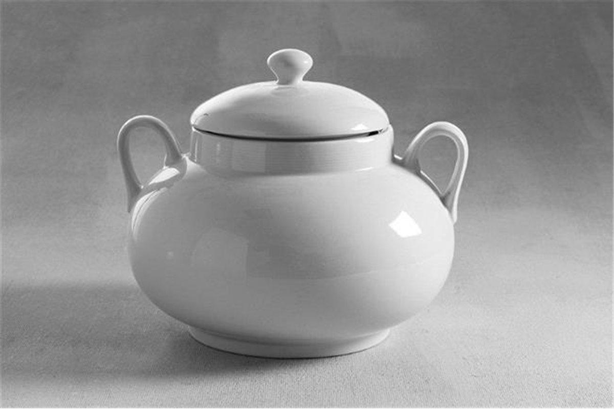 O czym warto pamiętać wybierając wazę do zupy?